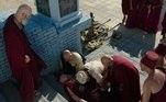 O sumo-sacerdote Kissare (Norival Rizzo) acaba sendo vítima da maldade de Morabi (Jairo Mattos)