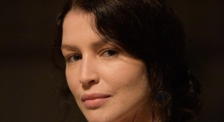 Rhaisa Batista estreia na Record TV como a jovem Muriel na última fase da novela Gênesis