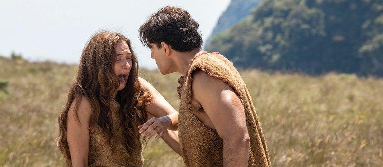 Gênesis conta a história de grandes homens e mulheres da Bíblia, começando com a história do primeiro casal, Adão e Eva