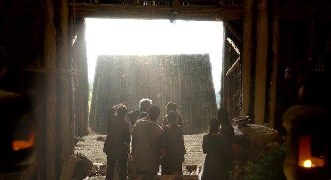 Após anos, Noé é avisado por Deus que pode desembarcar em terra firme com sua família