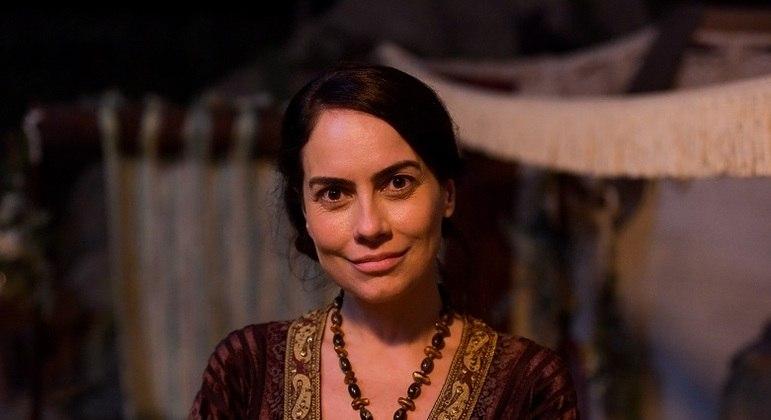 Atriz Adriana Prado interpreta Quetura em Gênesis