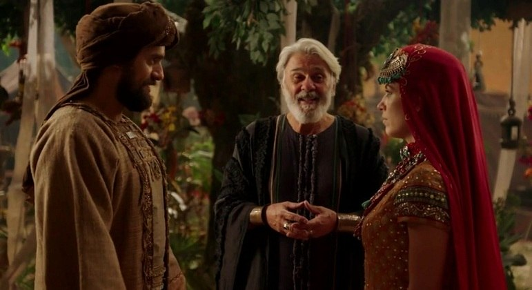 Michal aceitou casar com Manre (Danilo Sacramento)