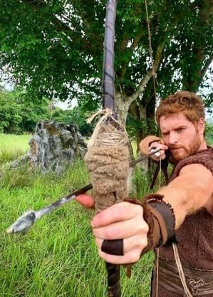 Cirillo interpreta o caçador Esaú