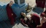 A cenografia também reproduziu a imensa escada do Zigurate, onde o sacerdote Kissare (Norival Rizzo) foi empurrado por Morabi (Jairo Mattos) e precisou passar por uma cirurgia de cérebro