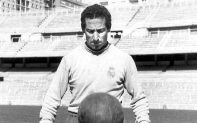 Gento, que também foi campeão pelo Real Madrid, é considerado um dos grandes europeus do século passado