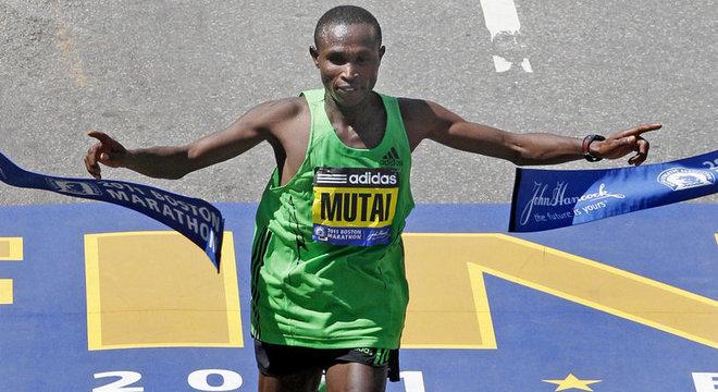 Geoffrey Mutai, do Quênia, o recordista desde 2011