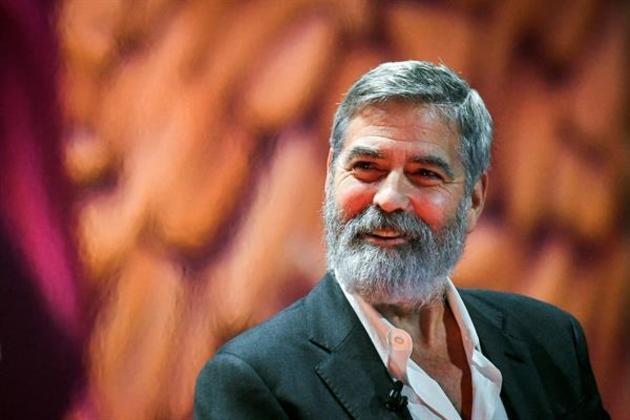 Em entrevista à revista RollingStone, Clooney contou que teve paralisia de Bell, uma síndrome que enfraquece de forma súbita os músculos de uma metade do rosto. O caso aconteceu quando ele tinha 14 anos. A única irmã do ator, Ada, também teve o problema. À publicação, Clooney disse que se recuperou, e que para se livrar das gozações dos colegas de escola, procurava levar a situação na brincadeira. Daí, passou a desenvolver uma personalidade forte para encarar as adversidades da vida