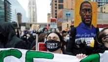 Jurados retomam deliberação sobre ex-policial acusado de matar Floyd