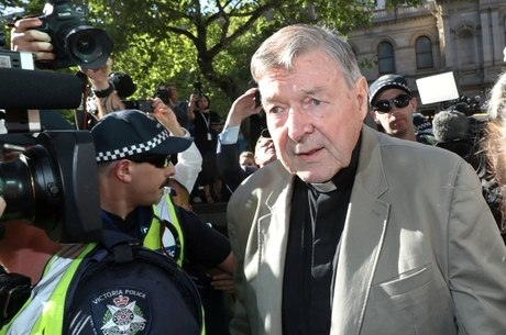 George Pell foi preso por abusos sexuais