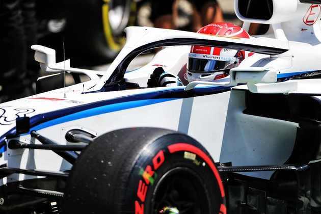 George Russell admitiu ter ficado surpreso com o desempenho da Williams, especialmente por estar na frente das Alfa Romeo