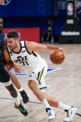 Georges Niang (Utah Jazz) 4,5 - O ala-armador anotou sete pontos e pegou três rebotes em 19 minutos. Errou três das quatro tentativas de três