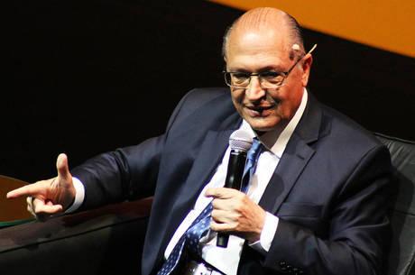 Alckmin participou de sabatina nesta quarta
