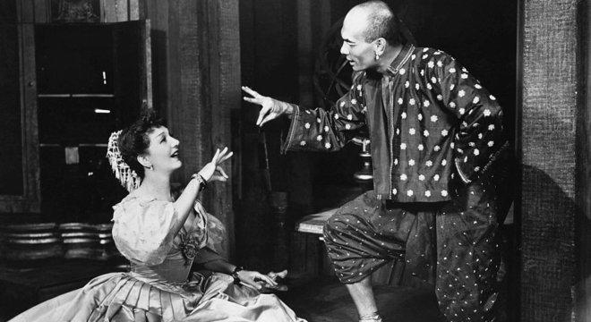 Gertrude Lawrence foi a Anna original na produção teatral de O Rei e Eu