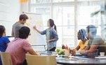 Gestão de Pessoas:Se recursos humanos é sua área esse curso é pra você! Você irá aprender como funciona o setor e suas atividades de treinamento, desenvolvimento, comunicação e até avaliação de desempenho. Com carga horária de 20 horas, entre os temas abordados estão: gestão de pessoas, manutenção de RH, tipos de remuneração e benefícios, avaliação de desempenho, entre outros. Inscreva-se gratuitamente: https://ead.sestsenat.org.br/cursos/gestao-de-pessoas/