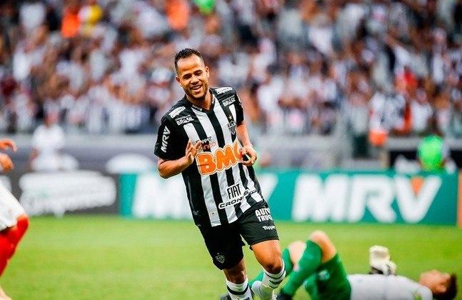 O atacante Geuvânio foi um dos destaques do Santos em 2012, tendo ido para a China quatro anos depois. Desembarcou no Flamengo em 2017, mas não encantou, assim como no Atlético-MG, onde deixou a desejar