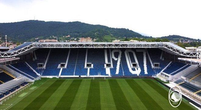 A charmosa Gewiss Arena de Bérgamo