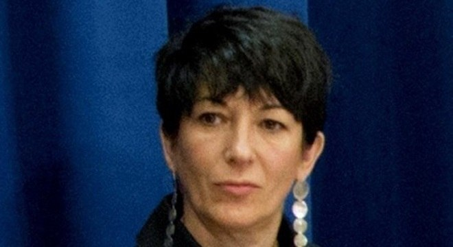 Ghislaine Maxwell tinha relações com menores de idade, afirma denunciante