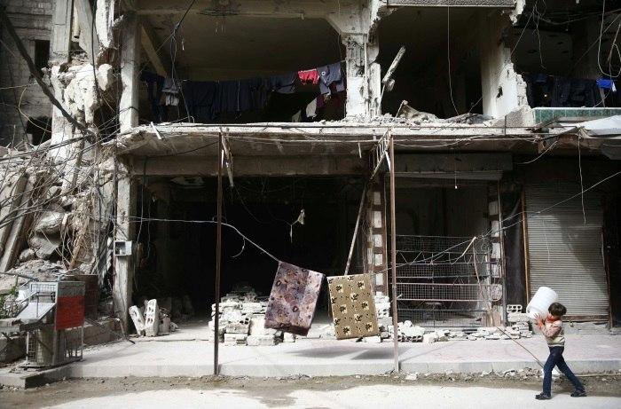 Ghouta Oriental é atacada após entrada de comboio humanitário