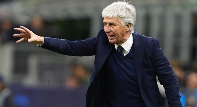 Técnico italiano revelou ter sentido sintomas da covid-19 durante jogo