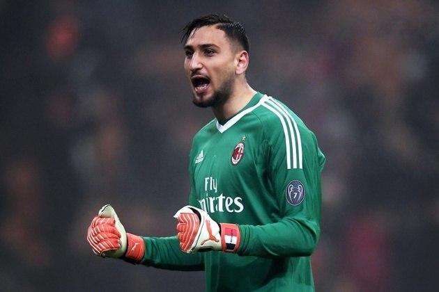 Gianluigi Donnarumma (goleiro - 22 anos - italiano) - Fim de contrato com o Milan - Valor de mercado: 60 milhões de euros