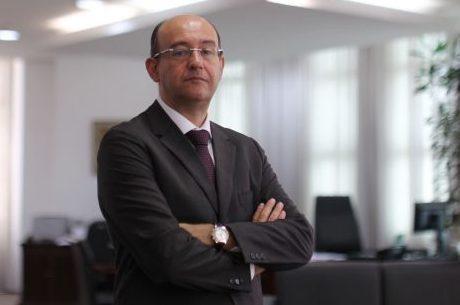 """Gianpaolo: """"Investigações vão ficar paradas por meses"""""""
