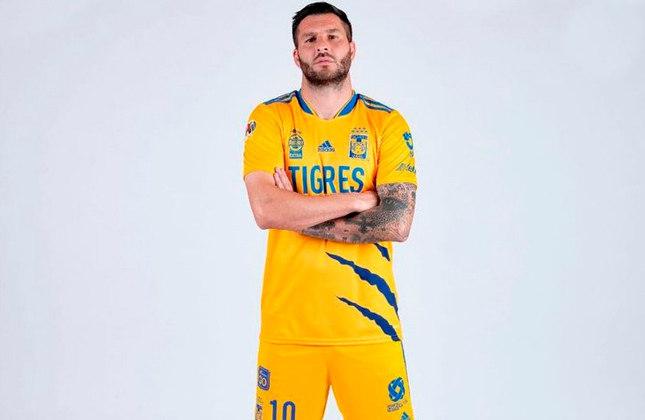 Gignac (França) - 35 anos - Atacante - Clube: Tigres (México) - Valor de mercado: 2 milhões de euros (R$ 12,5 milhões).