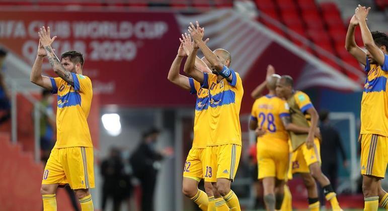 Gignac marcou os dois gols que colocaram o Tigres no caminho do Palmeiras