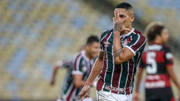 Gilberto - 3 gols