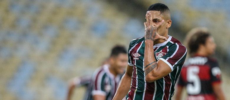 Fluminense comemora o gol de quem estava interessado no jogo