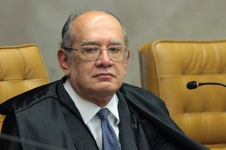 Mendes volta ao Brasil para o julgamento