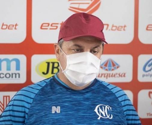 GILSON KLEINA: Atualmente com 53 anos, o técnico está sem clubes desde que saiu do Náutico, em novembro de 2020