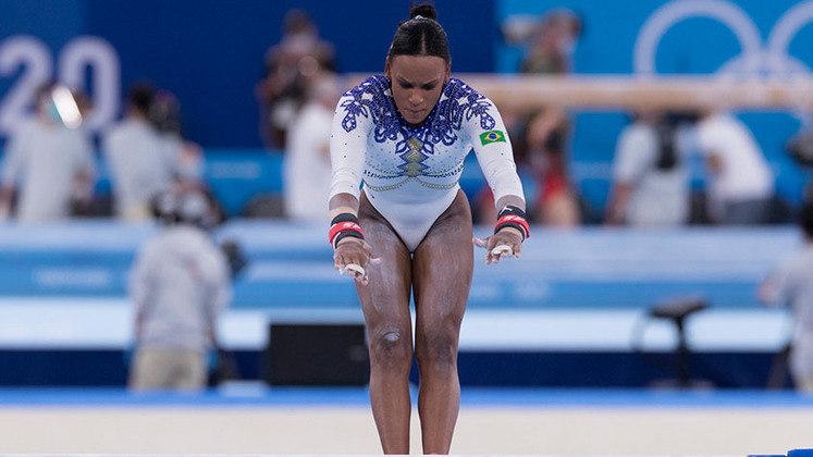 GINÁSTICA - Rebeca Andrade conquistou a medalha de ouro para o Brasil no solo! A brasileira fez ótimos saltos, terminou com 15.033, no lugar mais alto do pódio!