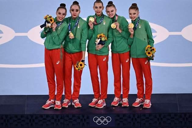 GINÁSTICA RÍTMICA - A Bulgária venceu a disputa por equipes e encerrou a hegemonia da Rússia. A Itália ficou com a medalha de bronze.
