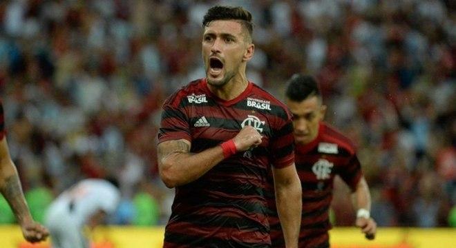O Flamengo não desiste. Sonho é recuperar o uruguaio para a semifinal