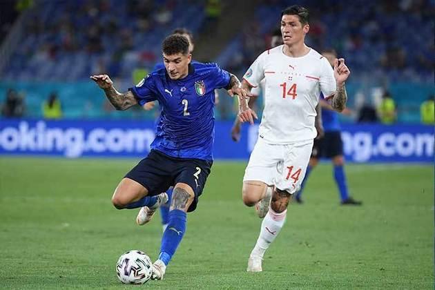 Giovanni Di Lorenzo - Napoli - Lateral-direito - 27 anos - 24 milhões de euros (R$ 143 mi) - Contrato até 30/06/2025