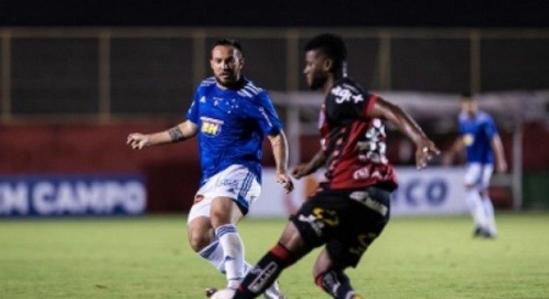 Giovanni Piccolomo fez sua estreia, agradou Felipão e pode ter mais chances no meio de campo celeste