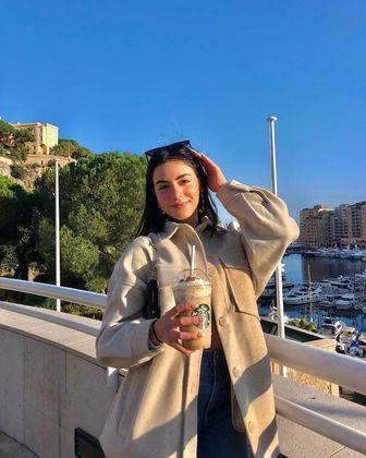 Aos 17 anos, a maior ambição de Giullia é terminar os estudos em gestão financeira e ingressar em uma faculdade de economia. Antes disso, ela garante não voltar para o Brasil, embora sinta muita saudade de Recife, cidade onde nasceu
