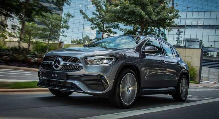 A Mercedes-Benz apresentou hoje (23), o novo GLA 200 AMG Line