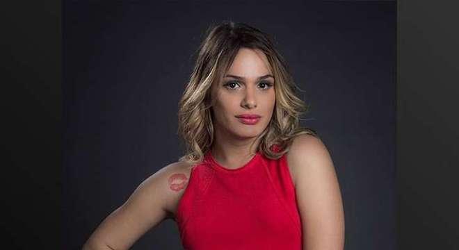 Glamour Garcia diz estar temendo que algo de ruim aconteça com ela