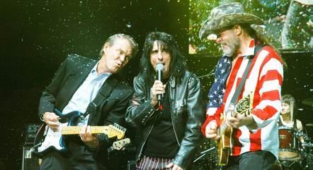 Glen Campbell ao vivo com Alice Cooper