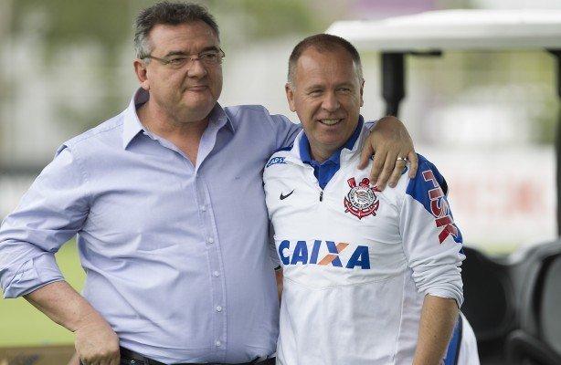 Ser o treinador desejado por Gobbi pesou contra Mano. Daí Andrés segurar Tiago