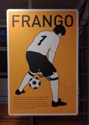 Banner no Museu do Futebol fala sobre a origem do 'frango' do goleiro