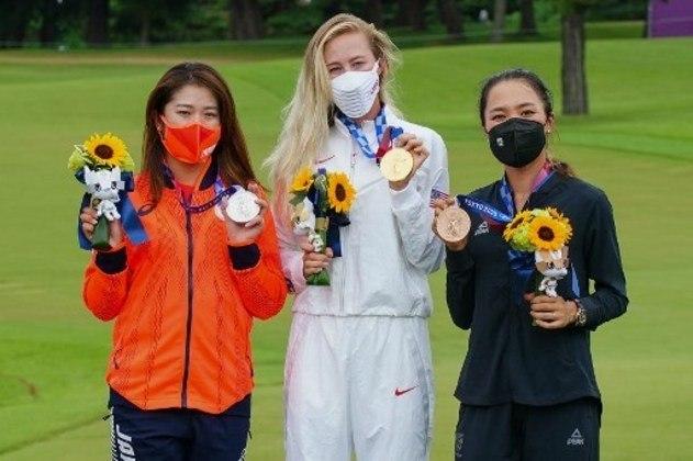 GOLFE - Nelly Korda, dos Estados Unidos, conquistou a medalha de ouro da modalidade. Inami Mone, do Japão, ficou com a prata, enquanto Lydia Ko, da Nova Zelândia, fechou o pódio.