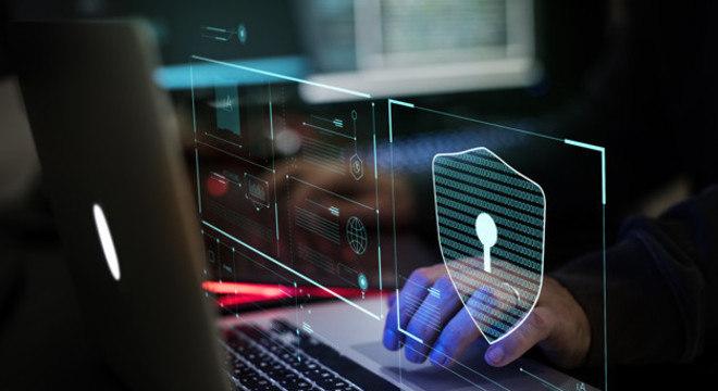 Forma mais comum de atrair os usuários é por meio de e-mails fraudulentos