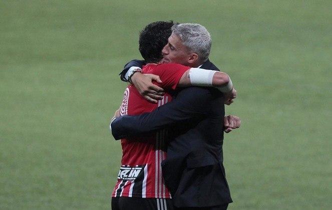 Gols marcados: ao longo da história do clássico na Libertadores, o São Paulo marcou 12 gols e o Palmeiras fez quatro tentos.