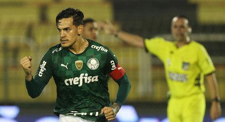 Gustavo Gómez marcou de pênalti