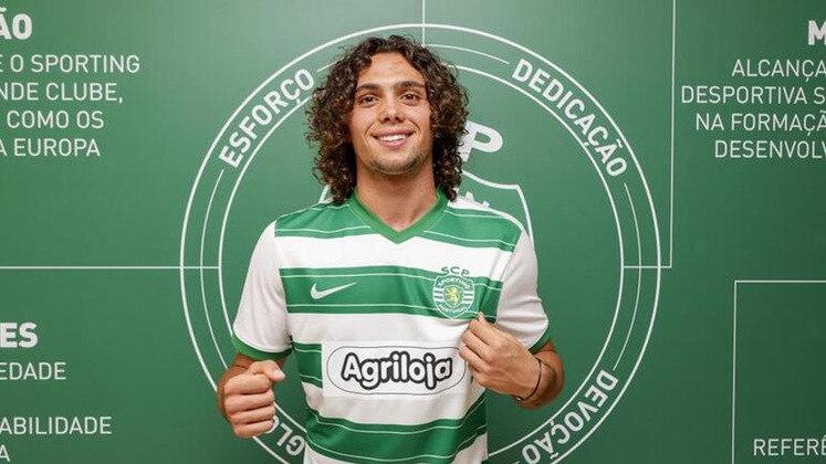Gonçalo Esteves (Portugal) - Clube: Sporting (Portugal) - Posição: Lateral-direito