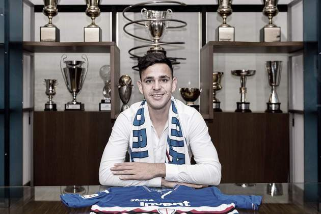 Gonzalo Maroni, de 21 anos, é meio-campista do Boca Juniors, com vínculo até 2023, e já jogou no Talleres e no Sampdoria. Seu valor de mercado é de 4 milhões de euros (R$ 26 milhões).