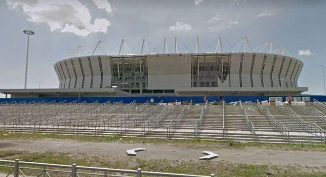 Pelo Google Street View é possível ter a sensação de estar em frente aos estádios
