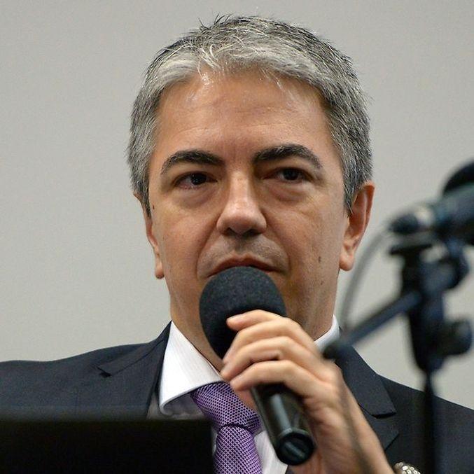 O déficit do setor público consolidado tem projeções do Ministério da Economia